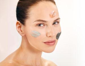 Traitement basé sur le drainage visage ,relaxation, gommage, et masque.